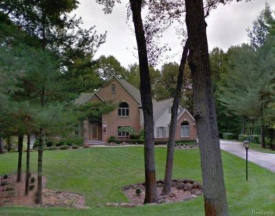 Oxford Single Family Home For Sale: 1990 Deer Path Trail