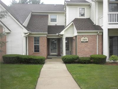 South Lyon MI Condo/Townhouse For Sale: $109,900