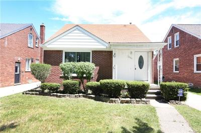 Dearborn MI Single Family Home For Sale: $165,000