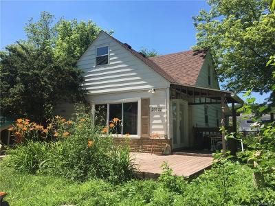 Livonia Single Family Home For Sale: 20121 Saint Francis Street
