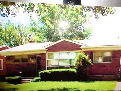 Oak Park Single Family Home For Sale: 22181 Harding Street