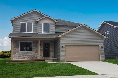 Holly Single Family Home For Sale: 329 Beaver Run