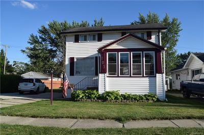 Clawson Single Family Home For Sale: 103 Tecumseh Street