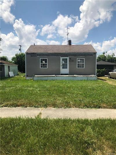 Warren Single Family Home For Sale: 20975 Wellington Avenue