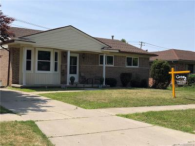 Dearborn Heights Single Family Home For Sale: 6127 Drexel Street
