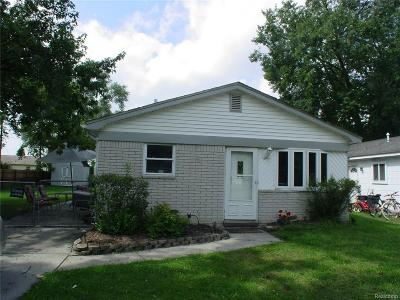 Westland Single Family Home For Sale: 5807 N Berry Street