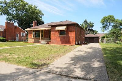 Eastpointe Single Family Home For Sale: 16125 Lincoln Avenue