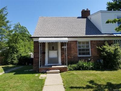 Detroit Single Family Home For Sale: 18619 Moross Road