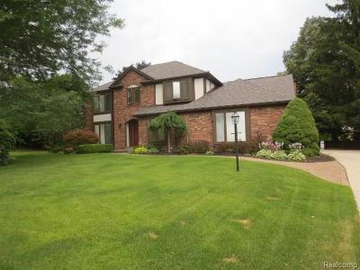 Farmington Hills Single Family Home For Sale: 28519 Heatherbrook Court