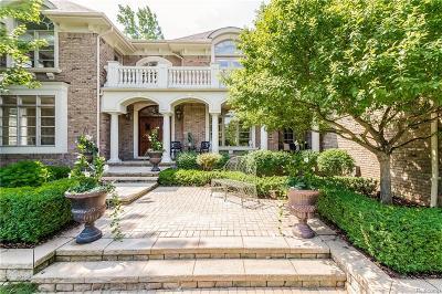 Oakland Twp Single Family Home For Sale: 3177 Saint James Court