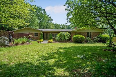 Livingston County Single Family Home For Sale: 3245 Hunter Road