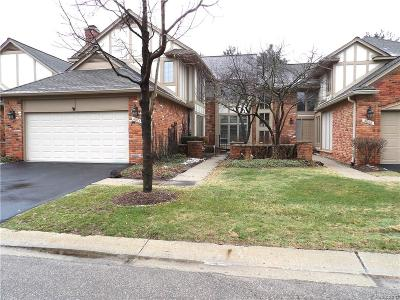 Bloomfield Twp Condo/Townhouse For Sale: 4076 Willoway Place Drive #15
