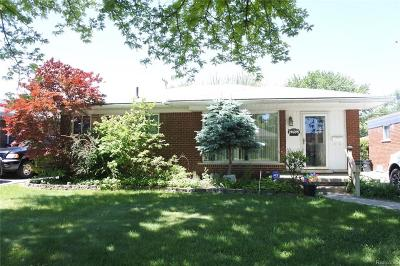 Eastpointe Single Family Home For Sale: 24695 Willowby Avenue