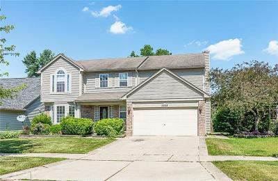 Canton, Canton Twp Single Family Home For Sale: 3235 River Meadow Circle