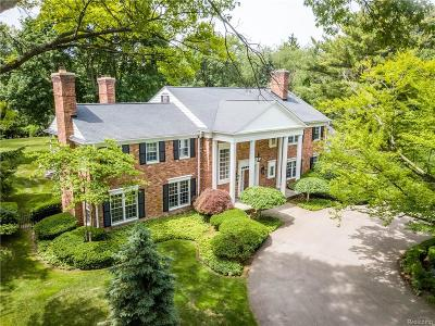 Bloomfield Hills Single Family Home For Sale: 725 Vaughan Road
