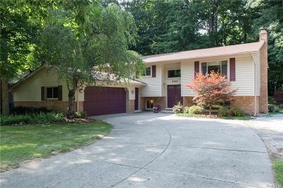 Utica Single Family Home For Sale: 11057 Messmore Road