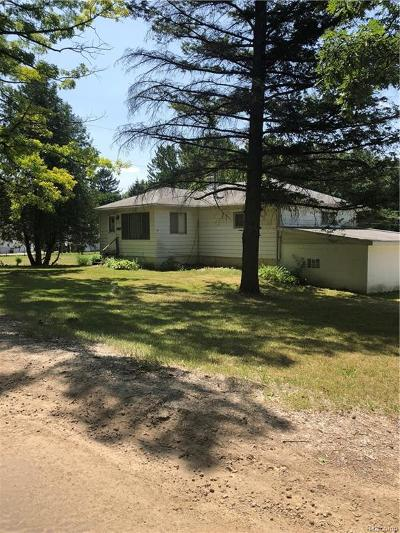 Single Family Home For Sale: 48443 Nine Mile Road
