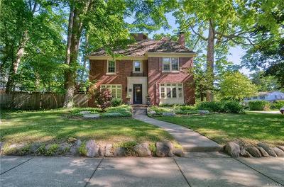 Birmingham MI Single Family Home For Sale: $749,888