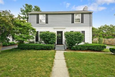 Birmingham Single Family Home For Sale: 479 Larchlea Drive