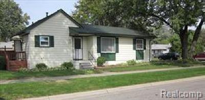 Livonia Single Family Home For Sale: 27850 Fargo Street N