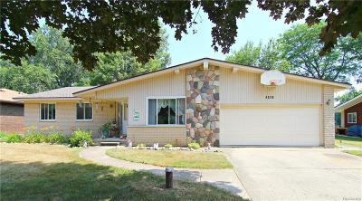 White Lake, White Lake Twp Single Family Home For Sale: 6539 Ellinwood Drive