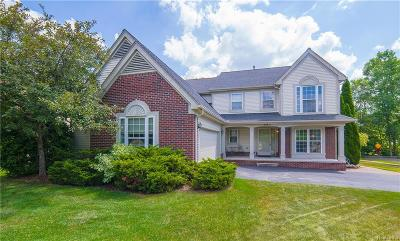 Oxford Single Family Home For Sale: 395 Sandhurst