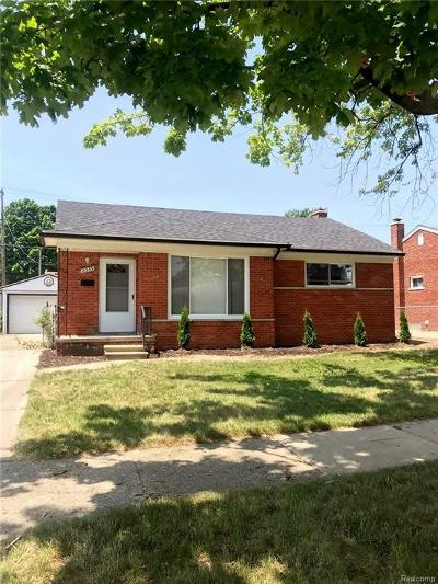 Dearborn Heights Single Family Home For Sale: 8359 Colonial Street