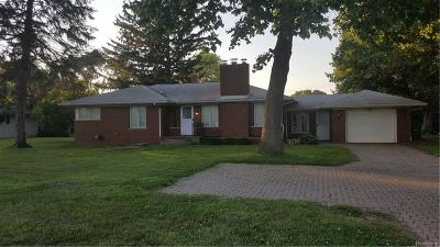 Macomb Twp Single Family Home For Sale: 23739 21 Mile Road