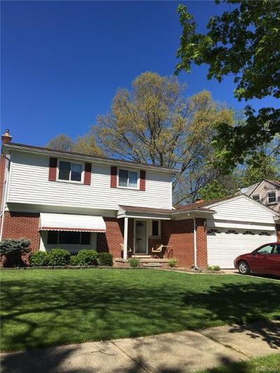 Livonia MI Single Family Home For Sale: $239,999