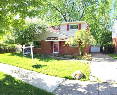 Clawson MI Single Family Home For Sale: $258,000