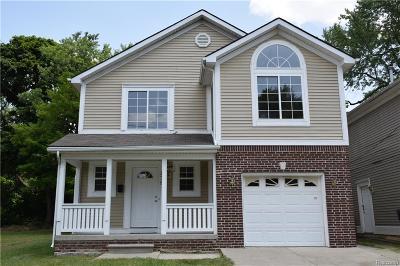 Pontiac Single Family Home For Sale: 279 S Edith