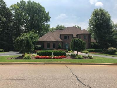 Brighton Twp MI Single Family Home For Sale: $849,900