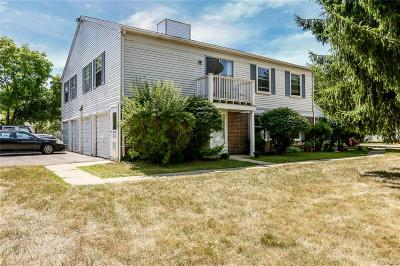 Lake Orion, Orion Twp, Orion Condo/Townhouse For Sale: 3258 Birchcreek Court