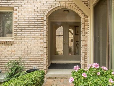 Bloomfield Twp Condo/Townhouse For Sale: 1173 Timberview Trail