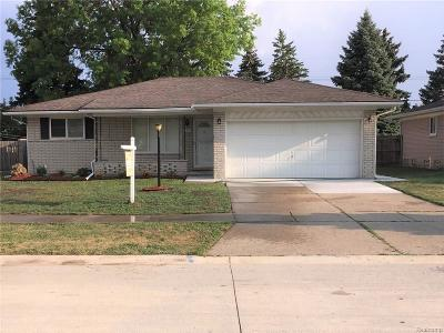 Troy Single Family Home For Sale: 2930 Chesterfield Drive