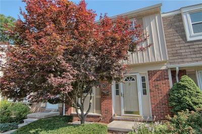 TROY Condo/Townhouse For Sale: 5294 Breeze Hill Pl
