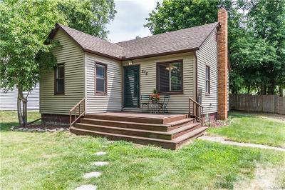 Auburn Hills Single Family Home For Sale: 575 Calgary Street