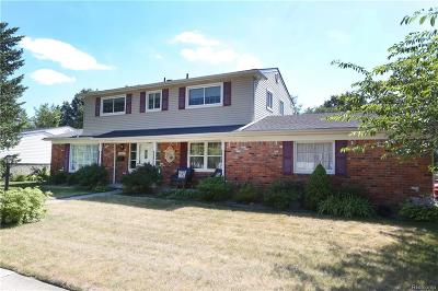 Plymouth Twp Single Family Home For Sale: 14969 Farmbrook Drive