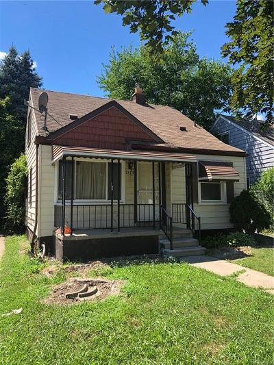 Detroit Single Family Home For Sale: 6579 Winthrop Street