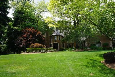 Bloomfield Twp Single Family Home For Sale: 1193 Copperwood Drive