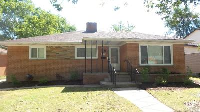 Oak Park Single Family Home For Sale: 22150 Harding Street