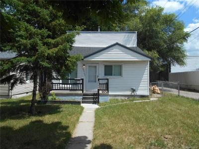 Warren Single Family Home For Sale: 20742 Atlantic Avenue