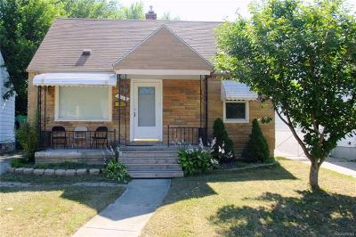 Dearborn Heights Single Family Home For Sale: 4175 Grindley Park