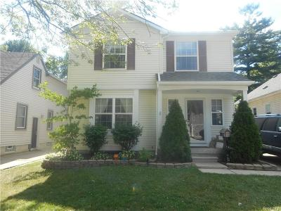 Royal Oak Single Family Home For Sale: 3315 Garden Avenue