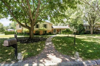 Beverly Hills Vlg Single Family Home For Sale: 31723 Waltham Court