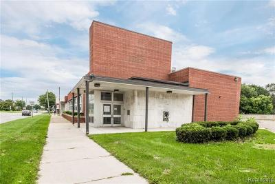 Livonia Commercial For Sale: 27637 Grand River Street