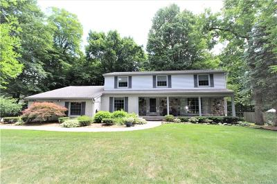 Farmington, Farmington Hills Single Family Home For Sale: 21180 Centerfarm