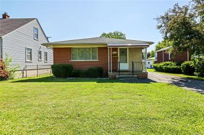 Dearborn Heights Single Family Home For Sale: 7138 Norborne Avenue