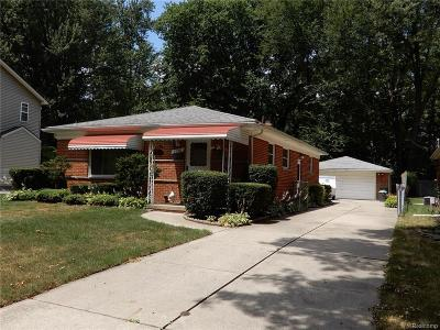 Royal Oak Single Family Home For Sale: 3238 Parker Drive