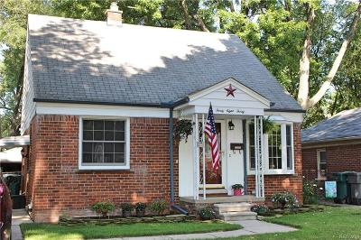 Dearborn Single Family Home For Sale: 3830 Parker Street